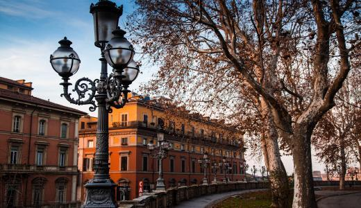 イタリアの隠れスポット「ボローニャ」観光スポットとグルメスポットを教えます